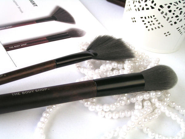 review The Body Shop Vegetarian Brushes